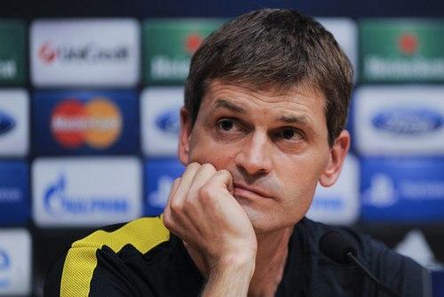HLV Vilanova bất ngờ chia tay Barca